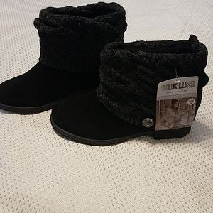 NWT Muk Luks water resistant sweater top boots